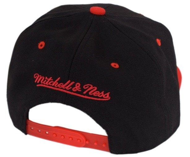 MITCHELL & NESS CZAPKA SNAPBACK CHICAGO BULLS BLACK